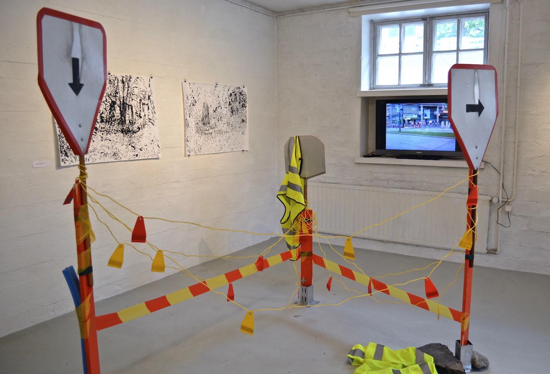 Roadblock_2013_videoinstallation_Gallery Ronga_MS